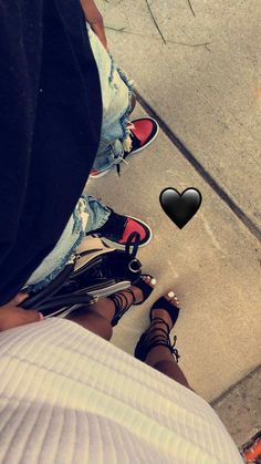 Shoe game and relationship goals Couple Goals Relationships, Relationship Goals Pictures, Couple Relationship, Black Love Couples, Cute Couples Goals, Dope Couples, Couple Noir, Me And Bae, Bae Goals