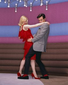 Down with Love (2003) | #RenéeZellweger #EwanMcGregor