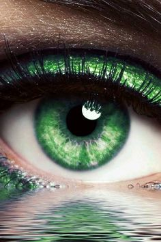 Go Green, Green Eyes, Green Colors, Hazel Green, World Of Color, Color Of Life, Slytherin Aesthetic, Montage Photo, Eye Art
