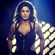 katrina kaif photos gallery with her latest images and stills. One of the hottest actress of bollywood. Check out her latest hot photos only on koimoi. British Actresses, Hot Actresses, Tees Maar Khan, Ek Tha Tiger, Katrina Kaif Photo, Couture Week, Sexy Poses, Latest Images, Hot Dress