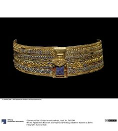 Upper arm jewelry from Queen Amanishakheto from the pyramid (N6) in Meroe…
