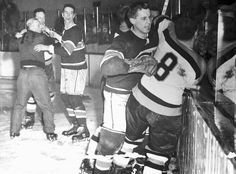 Photo shows a corner of the battlefield in Boston Garden during the bloody third period of the game between the Montreal Canadiens and the Boston Bruins on March 1955 (Bettmann/CORBIS) Maurice Richard, Nhl Games, Hockey Games, Montreal Canadiens, Bruins De Boston, Hockey Highlights, Ken Dryden, New York Teams, Ted Lindsay