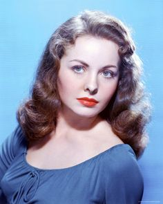 Jeanne Elizabeth Crain (May 1925 – December American actress. Old Hollywood Glamour, Golden Age Of Hollywood, Vintage Hollywood, Hollywood Stars, Classic Hollywood, Vintage Glamour, Classic Actresses, Hollywood Actresses, Beautiful Actresses