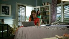 Charlotte's bedroom season 2 Revenge.  Love the blue walls with the purple curtains.  kh