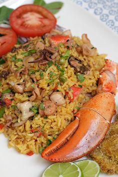 Rice with seafood- Arroz con Mariscos Rice with seafood www. Rice Recipes, Mexican Food Recipes, Dinner Recipes, Cooking Recipes, Healthy Recipes, Ethnic Recipes, Peruvian Cuisine, Peruvian Recipes, Seafood Dishes