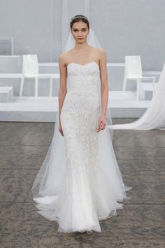 Monique Lhuillier | Spring Summer 2015 - Blush georgette strapless sweetheart lace gown with silk white embroidered tulle overlay and Watteau train. Love the dress, not much for the Watteau train.