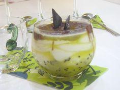 Osviežujúci pohár s kiwi Organic Farming, No Bake Cake, Kiwi, Catering, Panna Cotta, Cheesecake, Pudding, Baking, Ethnic Recipes