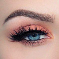 eyeliner looks eyeliner . eyeliner for hooded eyes . eyeliner looks . eyeliner for beginners . eyeliner tutorial for beginners Peach Eye Makeup, Makeup Eye Looks, Cute Makeup, Eyeshadow Makeup, Hair Makeup, Simple Makeup, Eyelash Sets, Eyelash Glue, Makeup Tutorials