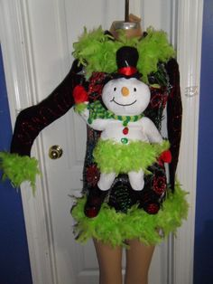 Sexy La Di Da Feather Lighted Snowman Ugly Christmas Party Sweater Glam s M… Tacky Christmas Party, Christmas Dress Up, Diy Ugly Christmas Sweater, Christmas Fashion, Xmas Sweaters, Christmas Outfits, Ugly Sweater Day, Decoration, Olaf