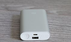 Xiaomi launches Mi Power Bank with Quick Charge 3.0 support. Xiaomi launched an updated version of the 20000mAh Mi Power Bank with...