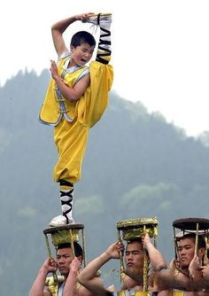 Shaolin Kung Fu - when dancing on top of tables isn't fun enough...