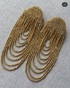 Diy Earrings Dangle, Beaded Tassel Earrings, Jewelry Design Earrings, Bead Jewellery, Bead Embroidery Jewelry, Beaded Jewelry Patterns, Egypt Jewelry, Handmade Jewelry, Seed Beads