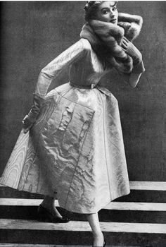"1952Christian Dior ""La Cigale"""