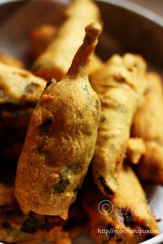 Monsoon Spice | Unveil the Magic of Spices...: Paneer Stuffed Mirchi Bajji/Pakoda Recipe ~ How to Make Stuffed Mirchi Pakoda