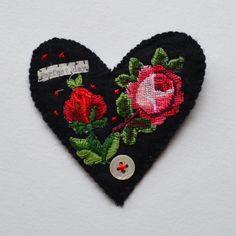 BROOCH black felt heart shaped. Appliquéd rose trims. Hand stitched. by hensteeth on Etsy