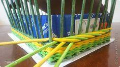 Tutorials - two ways of weaving an edge - цветная веревочка из четырех трубочек МК(Гаянка)