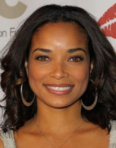 Rochelle Aytes Medium Curls - This style of medium curls give Rochelle a layered natural look. Black Celebrities, Beautiful Celebrities, Beautiful Actresses, Celebs, Beautiful Black Women, Beautiful People, Rochelle Aytes, Afro, Black Actresses