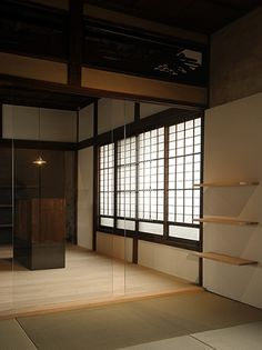 japanese room with tatami mats and rice paper screen window. Japanese Home Decor, Asian Home Decor, Japanese Interior, Traditional Japanese House, Japanese Modern, Japanese Style, Japanese Dojo, Japanese Minimalism, Japan Design