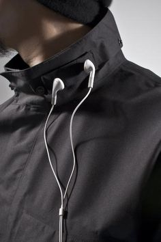 Acronym Jacket With Magnetic Neck That Magically Holds Your Headphones #product_design
