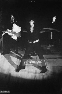 American rock n' roll singer Elvis Presley (1935 - 1977) performing on the opening night of his comeback engagement at the Caesar's Palace Hotel in Las Vegas, 1970.
