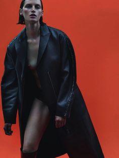 Vivien Solari in La fièvre Grunge shot by Mert & Marcus for...