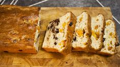SORTED - Chocolate and Apricot Brioche I would love to try this but using dried strawberries instead. Brioche Recipe, Great Recipes, Favorite Recipes, Bread Shaping, Dried Strawberries, Something Sweet, Baking Recipes, Food To Make, Sweet Treats