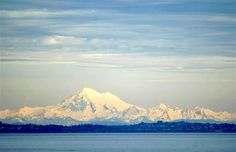 Mount Baker in Washington isn't your typical ski resort. It doesn't have accommodation on the mountain, no night skiing, no television in day lodges, no hard liquor, no corporate advertising —not even on the Pepsi machines.