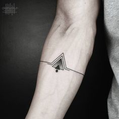Done using @eikondevice #symbeos #ems420 (Kadıköy... - Okan Uckun Minimal & Geometric Tattoos