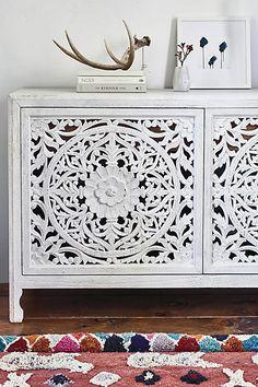 tischchen mit lochmuster beistellm bel dekoration zara home deutschland aa new app. Black Bedroom Furniture Sets. Home Design Ideas