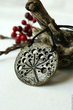 Купить Кулон из полимерной глины Зонтик. - кулон цветок, кулон из полимерной глины, кулон серебро