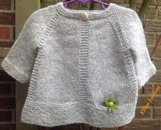 Baby Sweater Knitting Pattern, Knit Baby Sweaters, Girls Sweaters, Crochet Girls, Crochet For Kids, Crochet Baby, Knit Crochet, Knitting For Kids, Free Knitting
