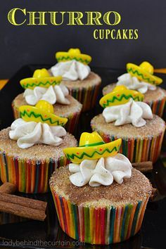 Next time you have a fiesta make sure you add these Churro Cupcakes to the dessert list. Like the snickerdoodle this cupcake is full of cinnamon flavor. Add a sombrero topper and you have a fiesta! Fiesta Theme Party, Taco Party, Festa Party, Fiesta Gender Reveal Party, Dessert Party, Party Desserts, Churros, Cupcake Recipes, Cupcake Cakes