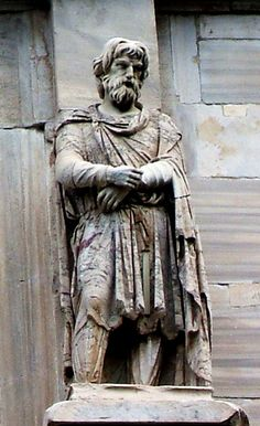 statue of a noble Dacian