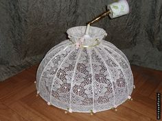 How to upgrade an old lamp or lampshade- Как обновить старую лампу или абажур How to upgrade an old lamp or lampshade - Wire Crafts, Diy And Crafts, Lace Lamp, Shabby Chic Wallpaper, Old Lamps, Handmade Lamps, Chic Living Room, Art N Craft, Vintage Crafts