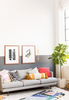 Vintage Decor Diy Wall Crawl: Picking the Right Art for Your Home and Making Sure it Fits When it Gets There - Paper and Stitch Diy Home Decor For Apartments, Apartment Decorating On A Budget, Interior Decorating, Decorating Tips, Living Room Designs, Living Room Decor, Bedroom Decor, Living Room Inspiration, Home Decor Inspiration