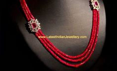 Ruby Beads Necklace Or just the simplicity of 3 strands and two pretty flowers Pearl Necklace Designs, Beaded Jewelry Designs, Gold Jewellery Design, Bead Jewellery, Jewelry Patterns, Jewelery, Beaded Necklace, Diamond Jewellery, Gold Jewelry