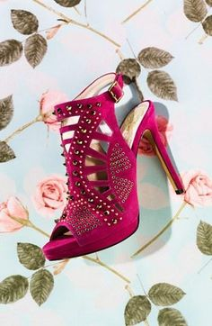 Beautiful heel!