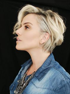 20 Pretty Short Blond Hairstyles For Fashionable Women Long Pixie Hairstyles blond fashionable Hairstyles Pretty Short women Long Pixie Hairstyles, Short Hairstyles For Women, Cool Hairstyles, Trending Hairstyles, Short Blonde, Love Hair, Hair Dos, Short Hair Cuts, Short Pixie