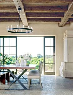 from the pages of Veranda, is this Napa residence designed by architect, Howard Backen , of Backen, Gillam & Kroeger Architects. The cei. Rooms Ideas, Napa Style, Interior And Exterior, Interior Design, Luxury Interior, Transitional House, Wood Beams, Home Living, Windows And Doors