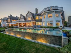 Magnificent Waterfront Estate in Water Mill, NY 3