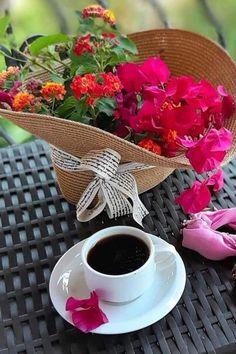 Morning Rose, Good Morning Flowers, Good Morning Gif, Good Morning Coffee, Good Morning Wishes, I Love Coffee, My Coffee, Coffee Time, Coffee Photos