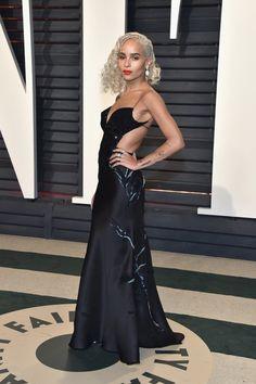 Csillogó alkalmi ruha Fekete