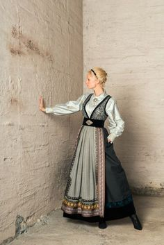 Scandinavian Fashion, Ethnic Dress, Folk Costume, Nordic Style, Historical Clothing, Mode Inspiration, Larp, Fashion History, Traditional Dresses