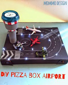 pizza box recycled in a toy airport Pizzakarton in einem Spielzeug Flughafen recycelt Kids Crafts, Projects For Kids, Diy For Kids, Diy And Crafts, Diy Projects, Pizza Box Crafts, Diys, Cardboard Toys, Diy Toys