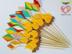 Topper tema junino em papel color plus 180 gr, ideal para decoração de bolos, centro de mesa, etc