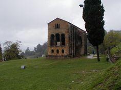 Santa María del Naranco, Oviedo. Pulsa en la fotografía para ver #casas_en_Asturias.