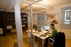 Iñaki y Javi en nuestra oficina de Bilbao.