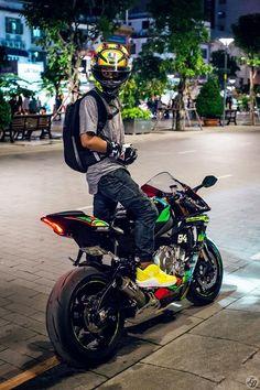 Mercenary Garage: R1 Style  #YamahaR1 #Mercenary #MercenaryGarage