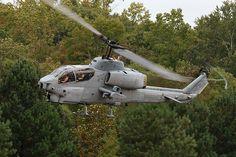 https://flic.kr/p/7H6KYo | Stalking Cobra | Marines Cobra at the 2008 Great Georgia Airshow
