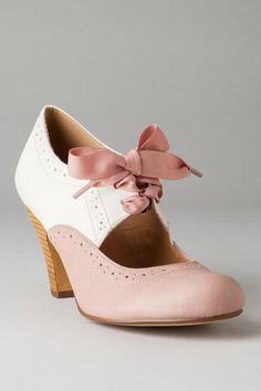 Chelsea Crew Shoes, Silvia Oxford Heel